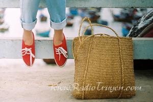 Anh yêu em, giày vải