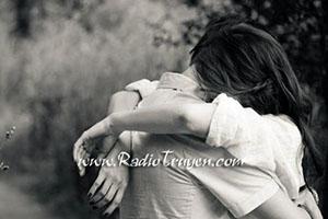 Tình yêu không phải để buồn!