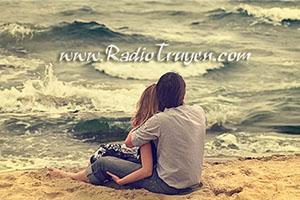 Yêu là thấy bình yên khi ở cạnh một người!