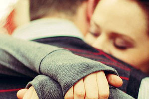 Đưa em đi khóc