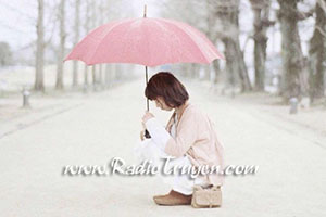 Đừng khóc vì một người không xứng đáng