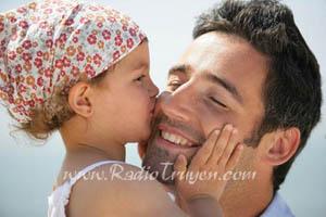 Bố là người tuyệt vời nhất trong con